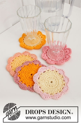 0-1497 Blossom Coasters by DROPS Design
