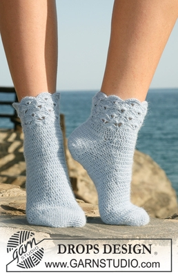120-36 Seaside Socks by DROPS Design