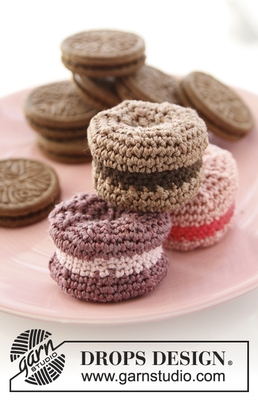 24-35 Sweet Macaroons by DROPS Design